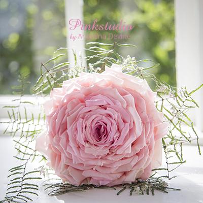 Pinkstudio-Angelina-Devine-Brudebuket-Syet-Rose