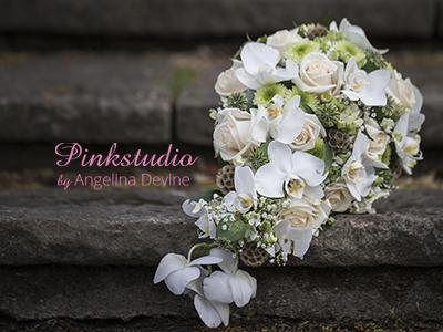Pinkstudio-Angelina-Devine-Brudebuket-Dråbeformet-buket-i-bridy