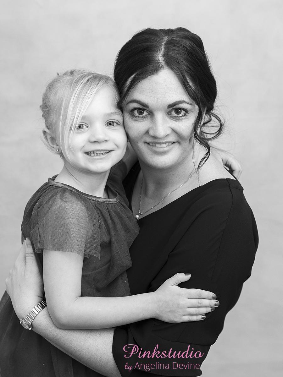Pinkstudio by Angelina Devine Marias-097 Tips til familieportrætter Nyheder Portræt Tips og Tricks