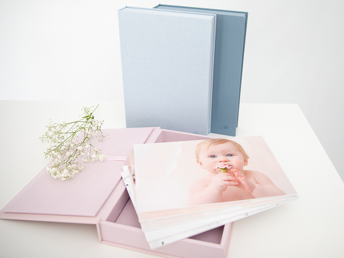 Pinkstudio by Angelina Devine Produkter-portrætæske-009FB GRATIS Mødregruppe fotografering. Baby Portræt Tilbud