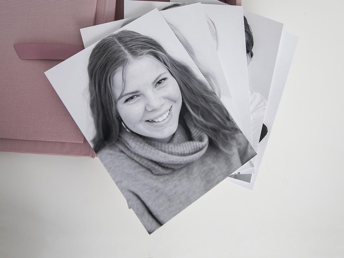 Pinkstudio by Angelina Devine Produkter-007 Far til fire hos fotografen Nyheder Portræt Udvalgte Fotograferinger