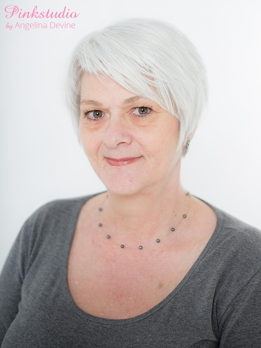 Pinkstudio by Angelina Devine CV-2016-096 Gratis CV portræt Nyheder Tilbud