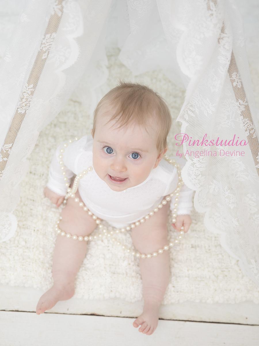 Pinkstudio by Angelina Devine Aya-Gratis-baby-156 Kvartalspakke GIVE AWAY Baby Nyheder Portræt Tilbud