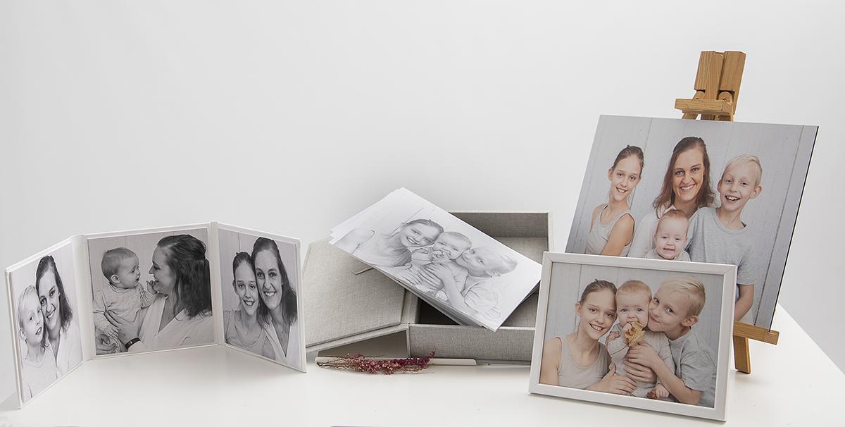 Pinkstudio by Angelina Devine Produkter-064FB Nellies familieportræt Nyheder Portræt Udvalgte Fotograferinger