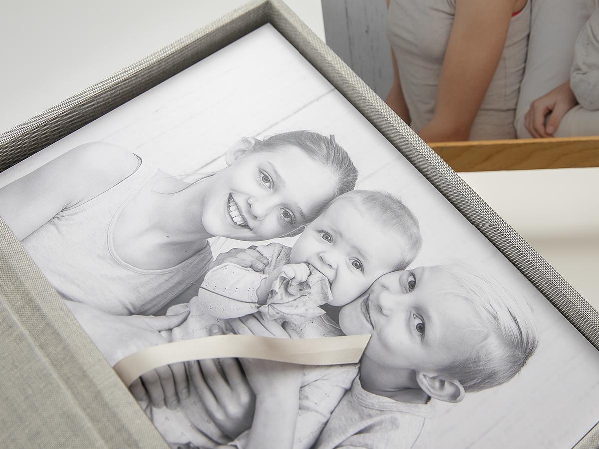 Pinkstudio by Angelina Devine Produkter-069FB Weekendåbent i November Baby Børn familie Nyheder Portræt Søskende
