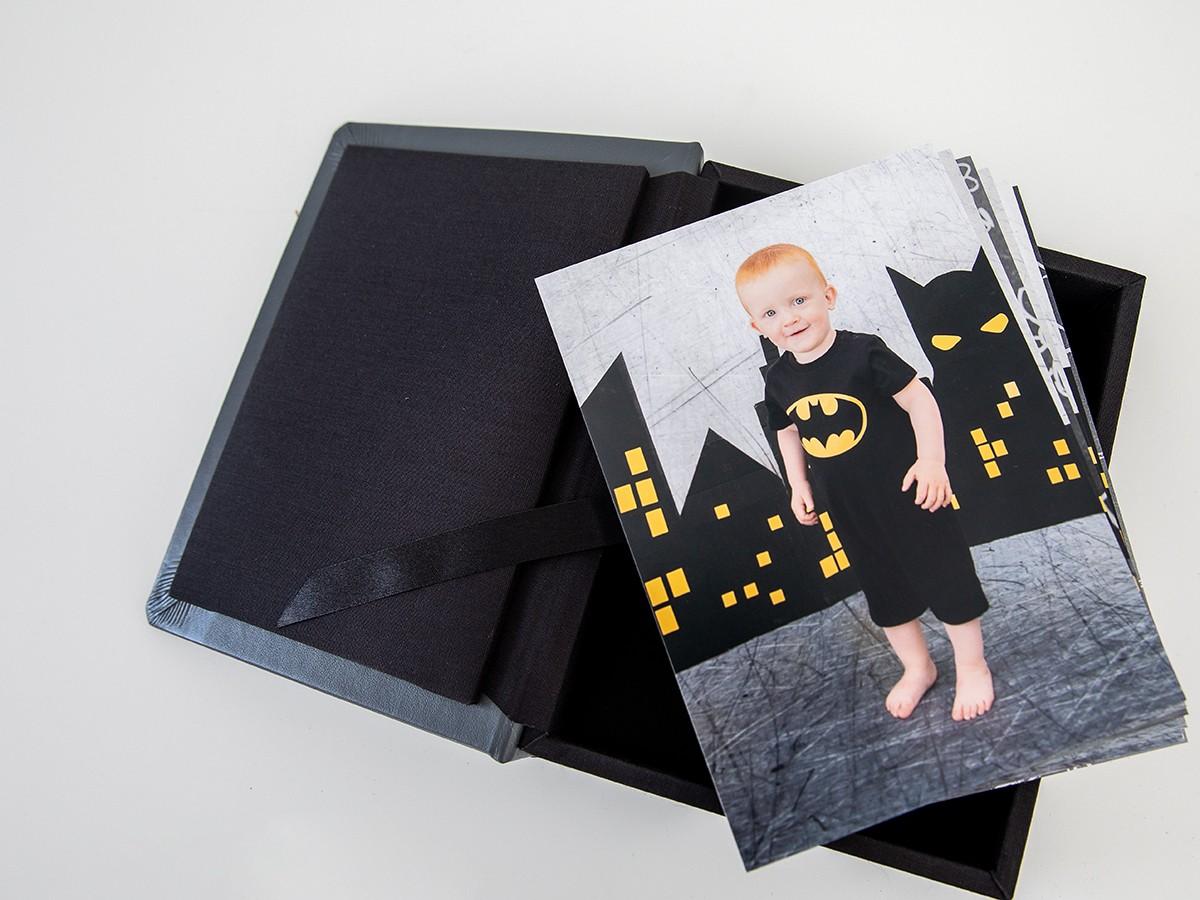 Pinkstudio by Angelina Devine FBProdukter-009 Batman hos fotografen Baby Børn Nyheder Portræt Udvalgte Fotograferinger