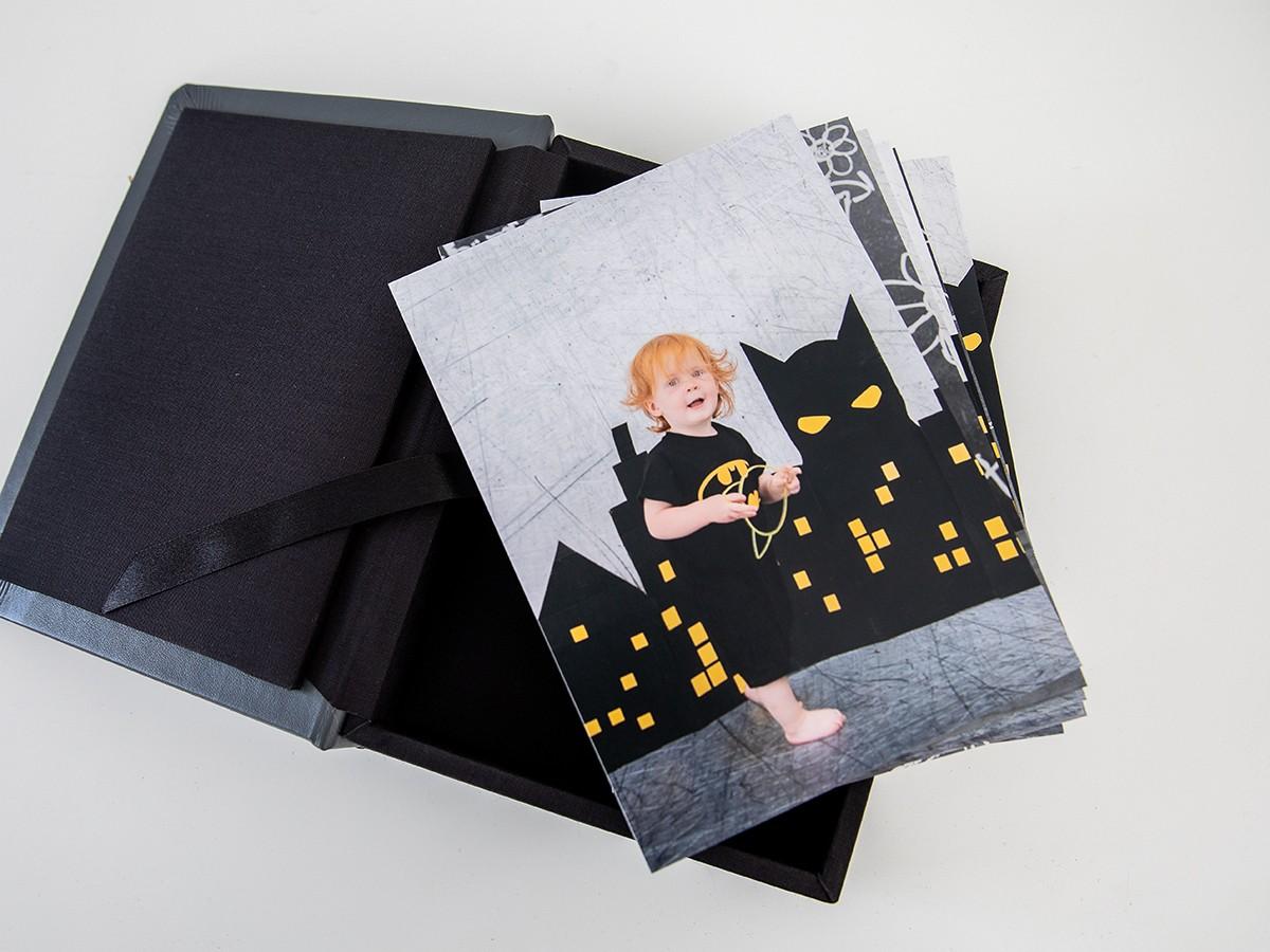 Pinkstudio by Angelina Devine FBProdukter-010 Batman hos fotografen Baby Børn Nyheder Portræt Udvalgte Fotograferinger