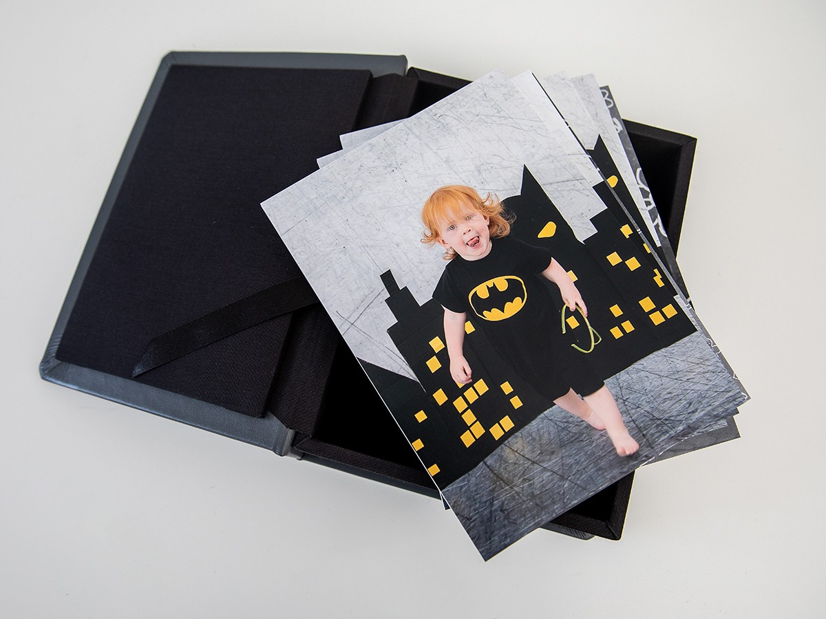 Pinkstudio by Angelina Devine FBProdukter-012 Batman hos fotografen Baby Børn Nyheder Portræt Udvalgte Fotograferinger