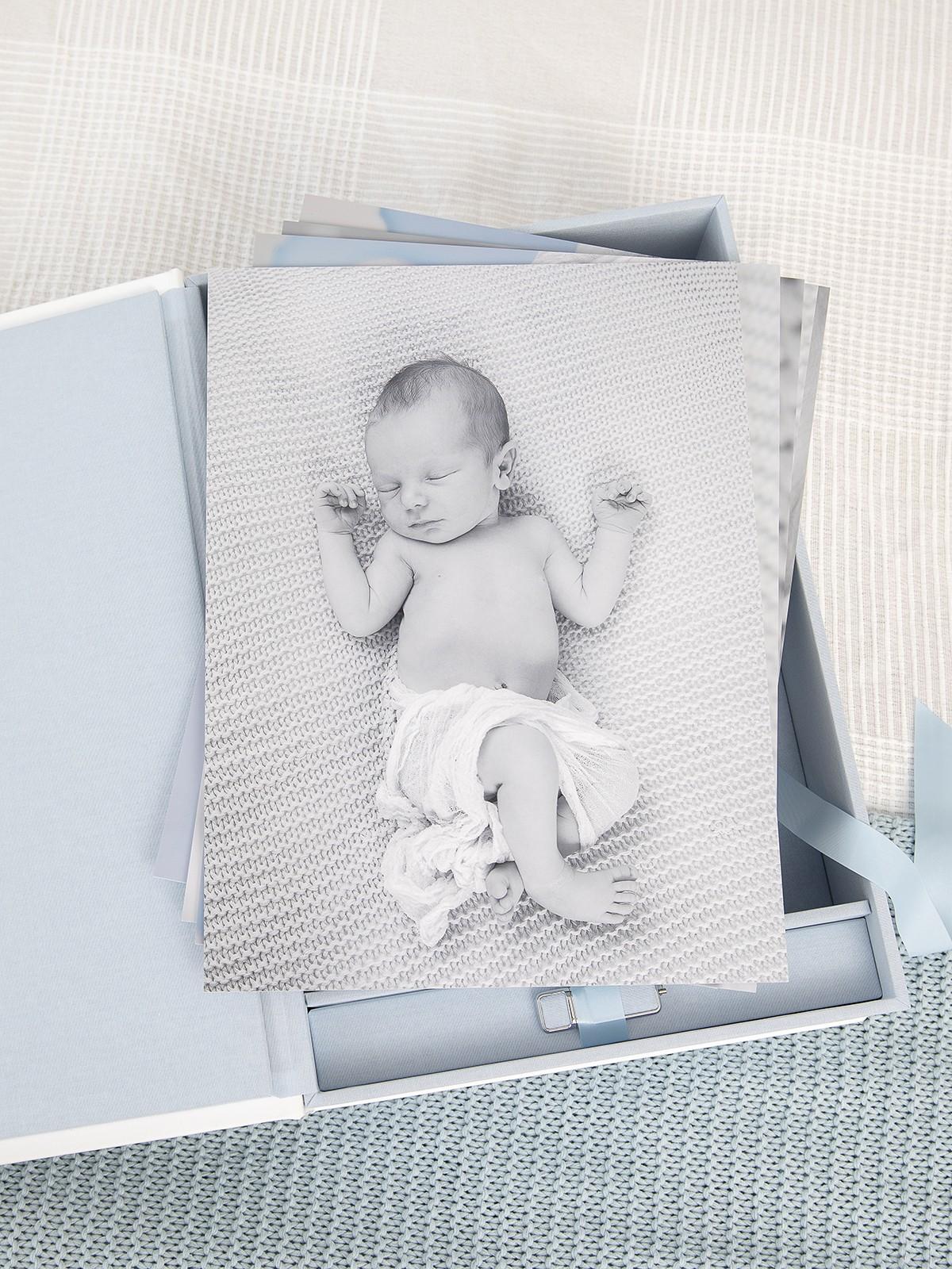 Pinkstudio by Angelina Devine FBProdukter-019 Elliots nyfødt portrætter Baby Nyheder Portræt Ugens fotografering