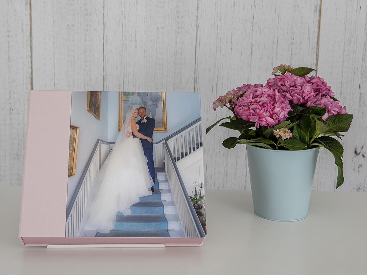 Pinkstudio by Angelina Devine FBs1Produkter-022 Mette og Thomas Bryllup Nyheder Udvalgte Fotograferinger