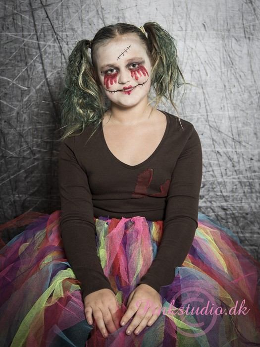 Pinkstudio by Angelina Devine Halloween-2016-39 GRATIS Halloween fotografering Nyheder Portræt Tilbud