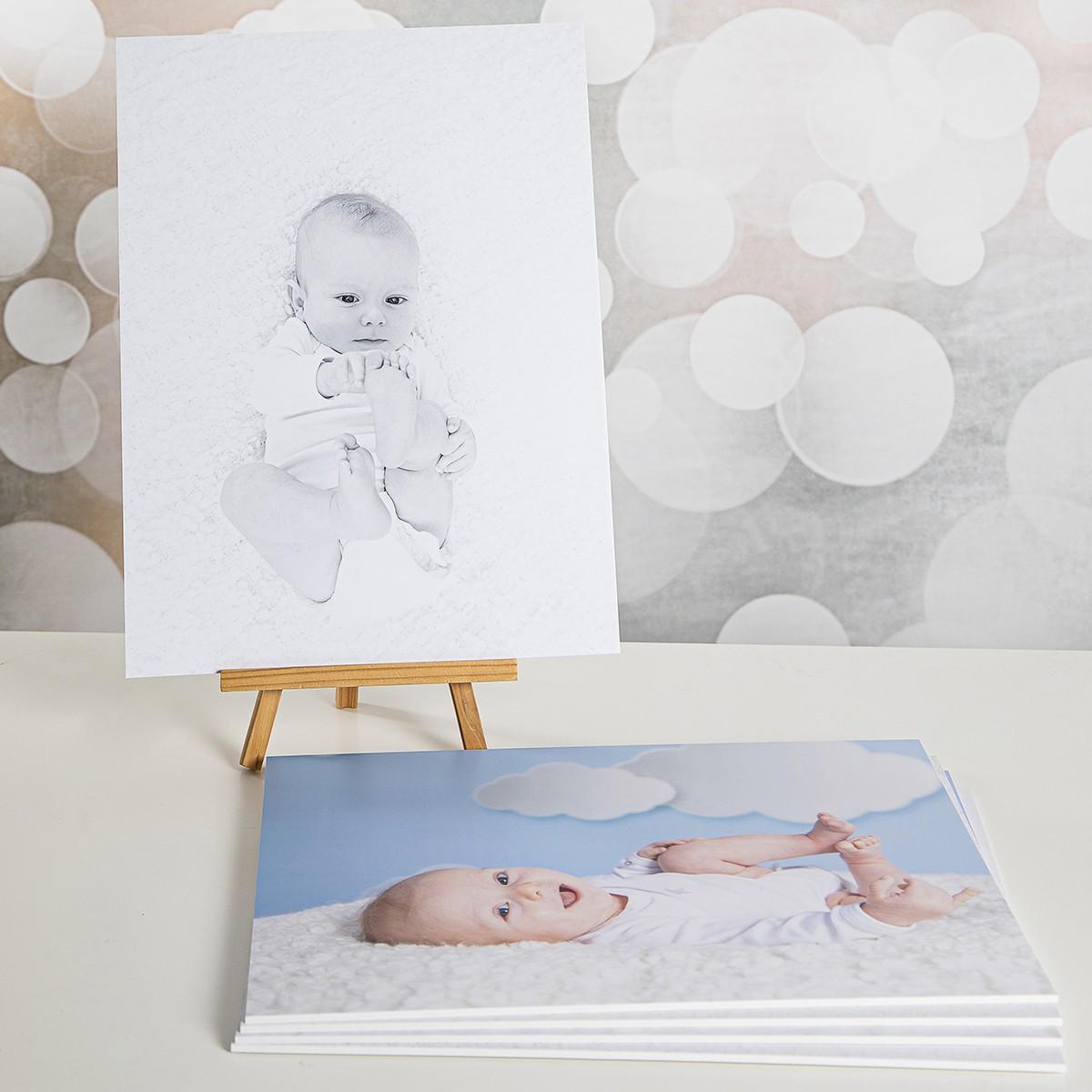 Pinkstudio by Angelina Devine webProdukter-Elliot-Alba-og-Dirch-021 Da Elliot opdagede sine fødder. Baby Nyheder Portræt Udvalgte Fotograferinger