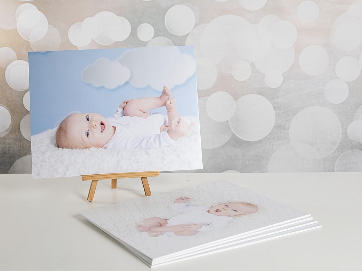 Pinkstudio by Angelina Devine webProdukter-Elliot-Alba-og-Dirch-023 Da Elliot opdagede sine fødder. Baby Nyheder Portræt Udvalgte Fotograferinger