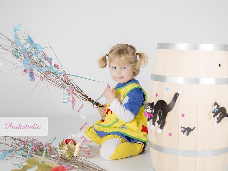 Pinkstudio by Angelina Devine Clara-4_1 GRATIS fastelavn fotografering Børn Nyheder Tilbud