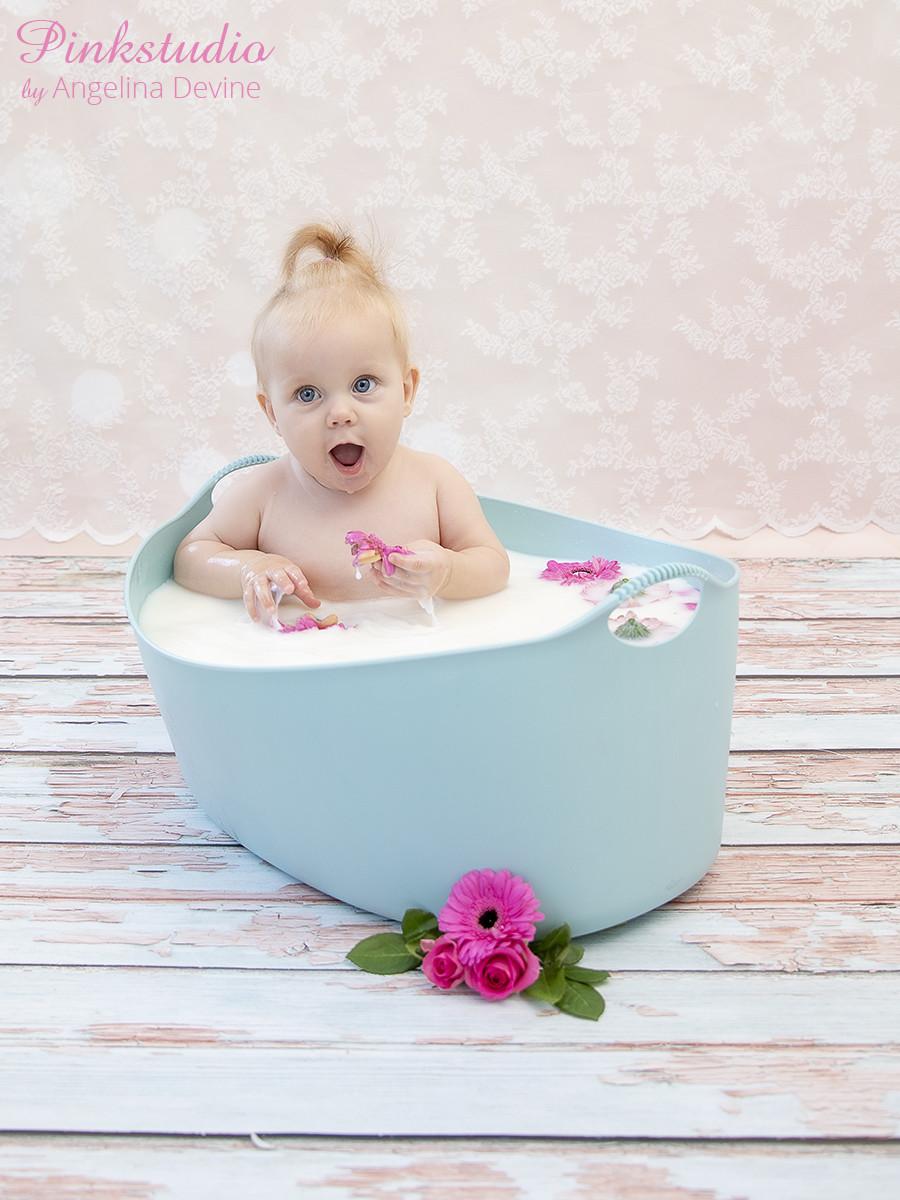Pinkstudio by Angelina Devine Alberte-9-måneder-020-1 Forårstilbud #2: Kvartalspakke + 2 Baby Børn Portræt Tilbud