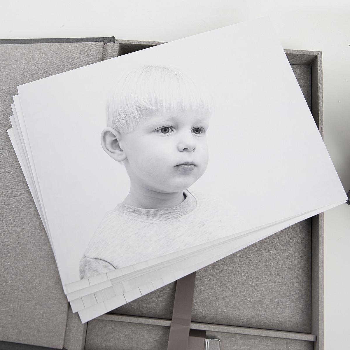 Pinkstudio by Angelina Devine Alba-og-Dirch-produkter-web-5 Alba og Dirchs søskendeportrætter Børn Nyheder Portræt Søskende Udvalgte Fotograferinger