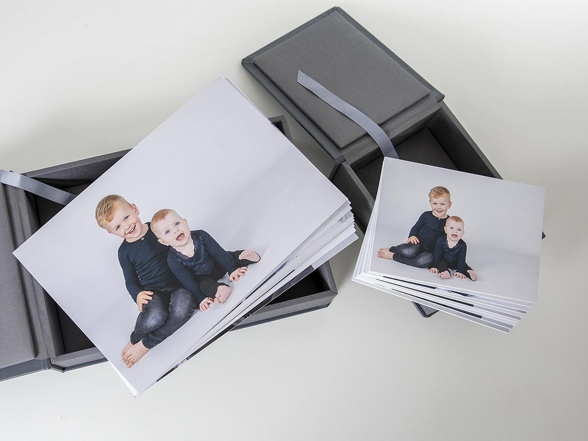 Pinkstudio by Angelina Devine web-Produkter-007 Puk og Maliks søskendeportrætter Baby Børn familie Nyheder Portræt Søskende Udvalgte Fotograferinger