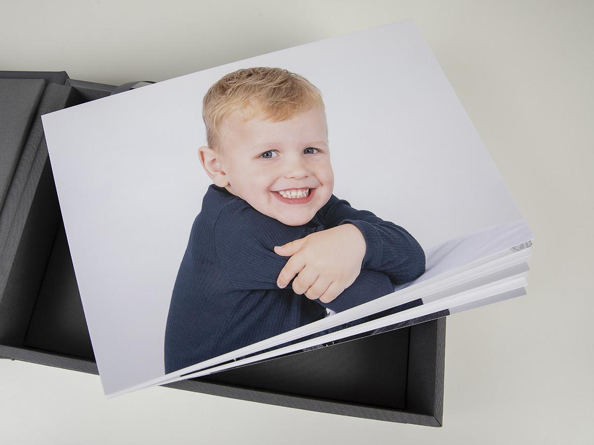 Pinkstudio by Angelina Devine web-Produkter-022 Puk og Maliks søskendeportrætter Baby Børn familie Nyheder Portræt Søskende Udvalgte Fotograferinger