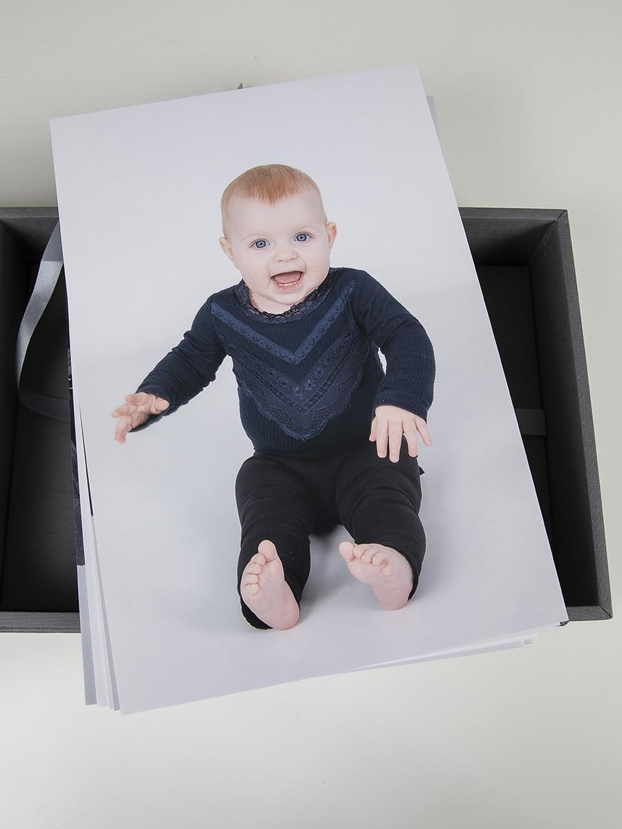 Pinkstudio by Angelina Devine web-Produkter-025 Puk og Maliks søskendeportrætter Baby Børn familie Nyheder Portræt Søskende Udvalgte Fotograferinger