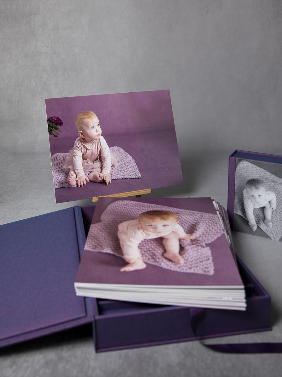Pinkstudio by Angelina Devine My-og-Tristan-127 Aya og den lilla baggrund Baby Nyheder Portræt Udvalgte Fotograferinger