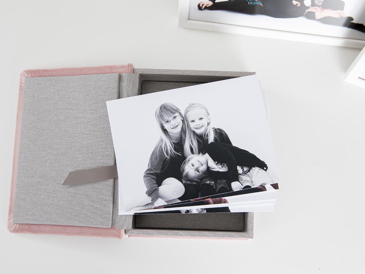 Pinkstudio by Angelina Devine Produkter-037 Vinies Børnebørn Børn Portræt Søskende Udvalgte Fotograferinger
