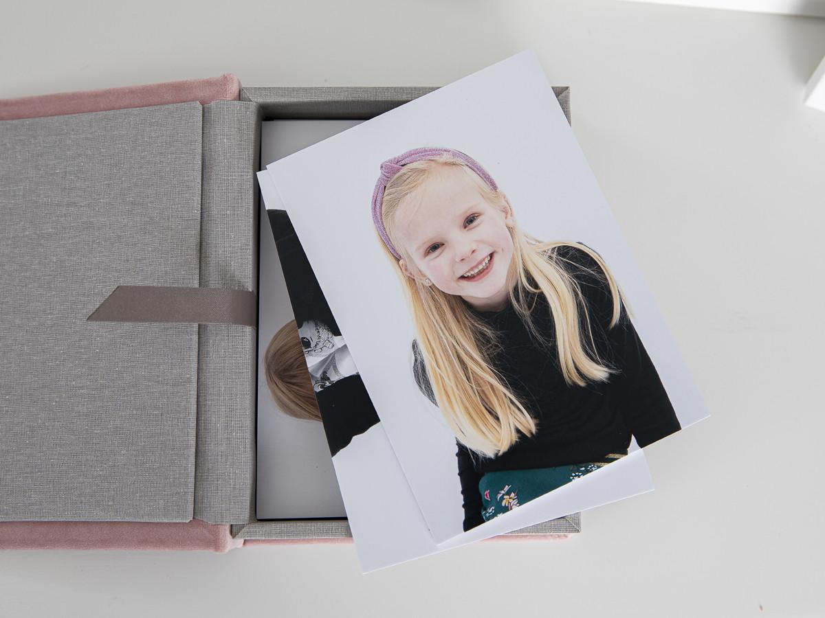 Pinkstudio by Angelina Devine Produkter-040 Vinies Børnebørn Børn Portræt Søskende Udvalgte Fotograferinger