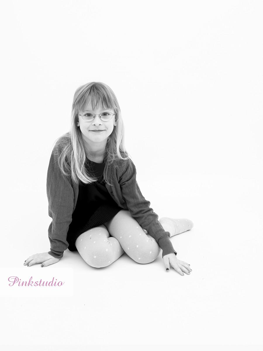 Pinkstudio by Angelina Devine Vinies-børnebørn-059-1 Vinies Børnebørn Børn Portræt Søskende Udvalgte Fotograferinger