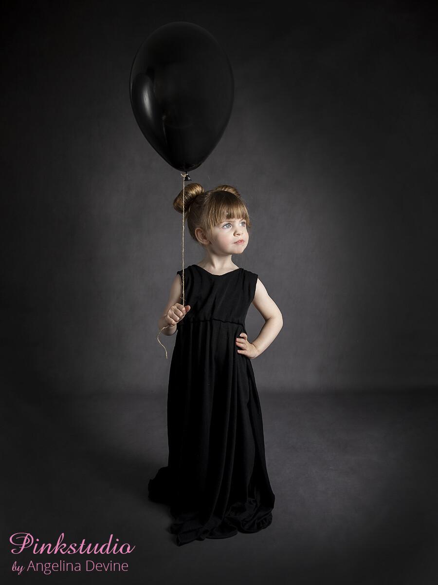 Pinkstudio by Angelina Devine Moerk-baggrund-Laerke-083 GRATIS børnefotografering Børn Nyheder Portræt Tilbud