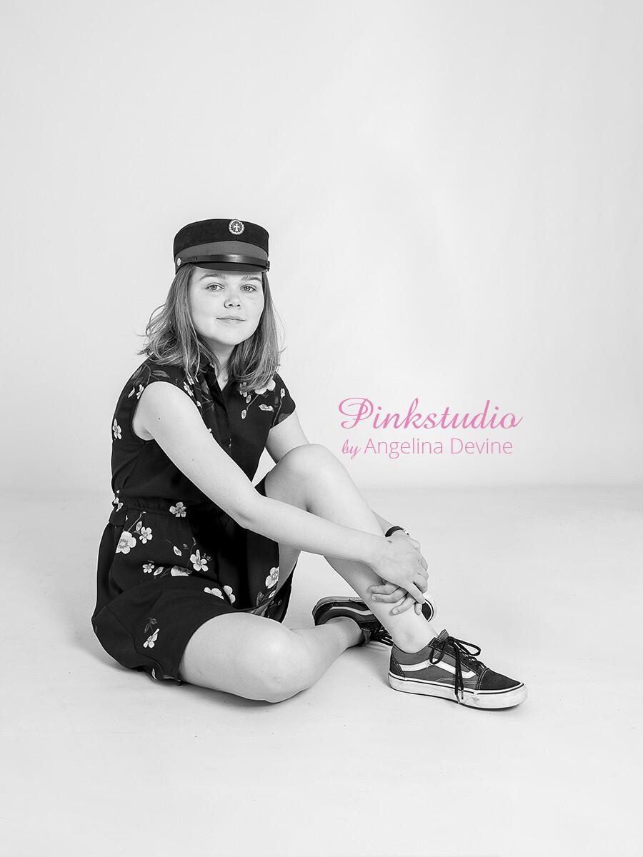 Pinkstudio by Angelina Devine Laerke-student-055 Studenter tilbud: Studenterportræt 600,- Portræt Tilbud
