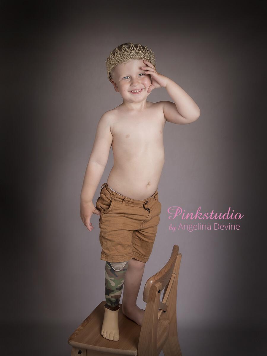 Pinkstudio by Angelina Devine Alfred-model-233 GRATIS børnefotografering Børn Nyheder Portræt Tilbud