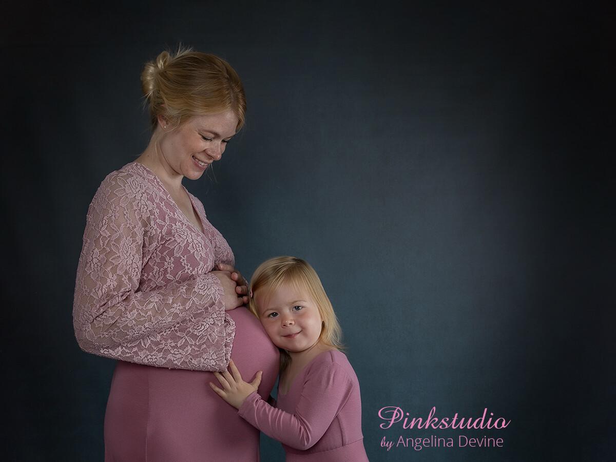 Pinkstudio by Angelina Devine Line-og-Isabella-Marta-og-Elliot-107 Gravide søges! graviditet Nyheder Tilbud