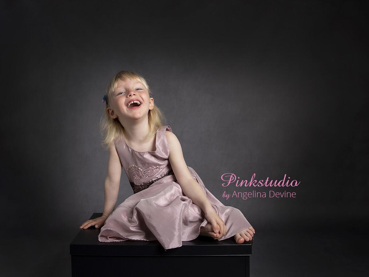 Pinkstudio by Angelina Devine Liv-barn-ja-156 Juletilbud 2021 Nyheder Tilbud